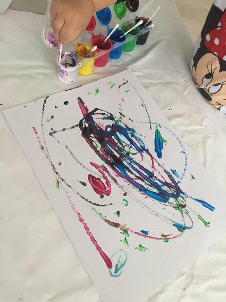 pintar con bastoncillos