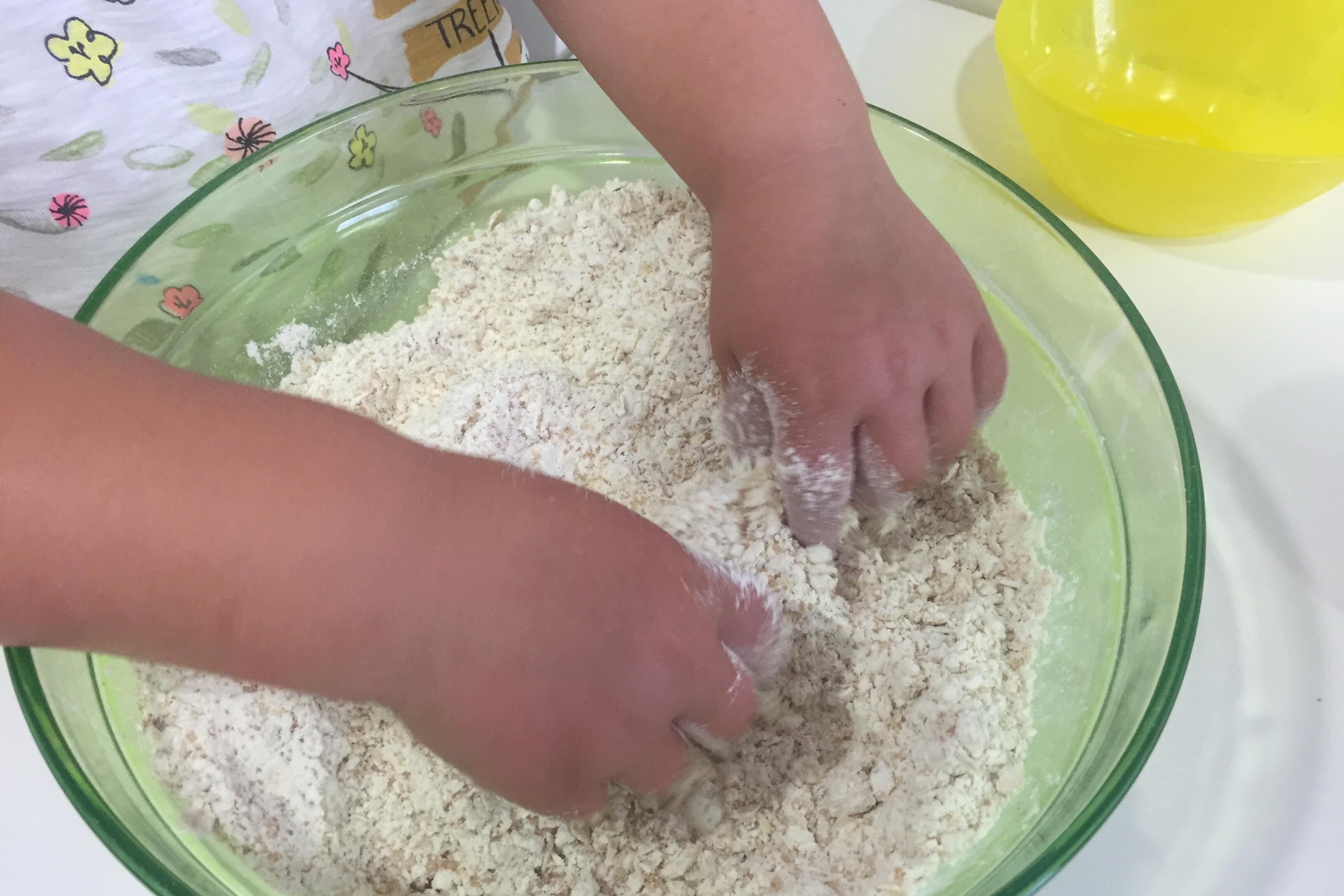 cocinar con niños galletas de avena y chocolate