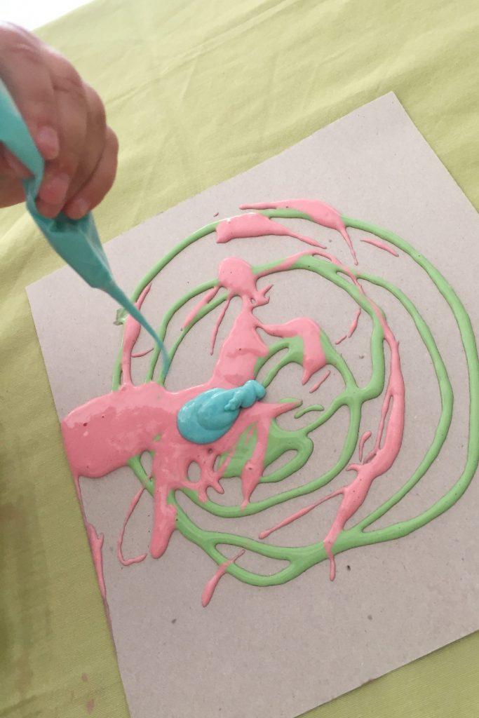 pintamos con una manga pastelera