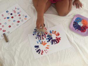 Pintar con rollos de papel