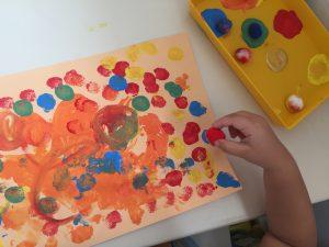 pintar con pompones