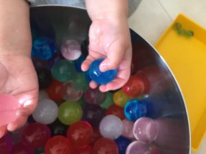 actividades con bolas de gel