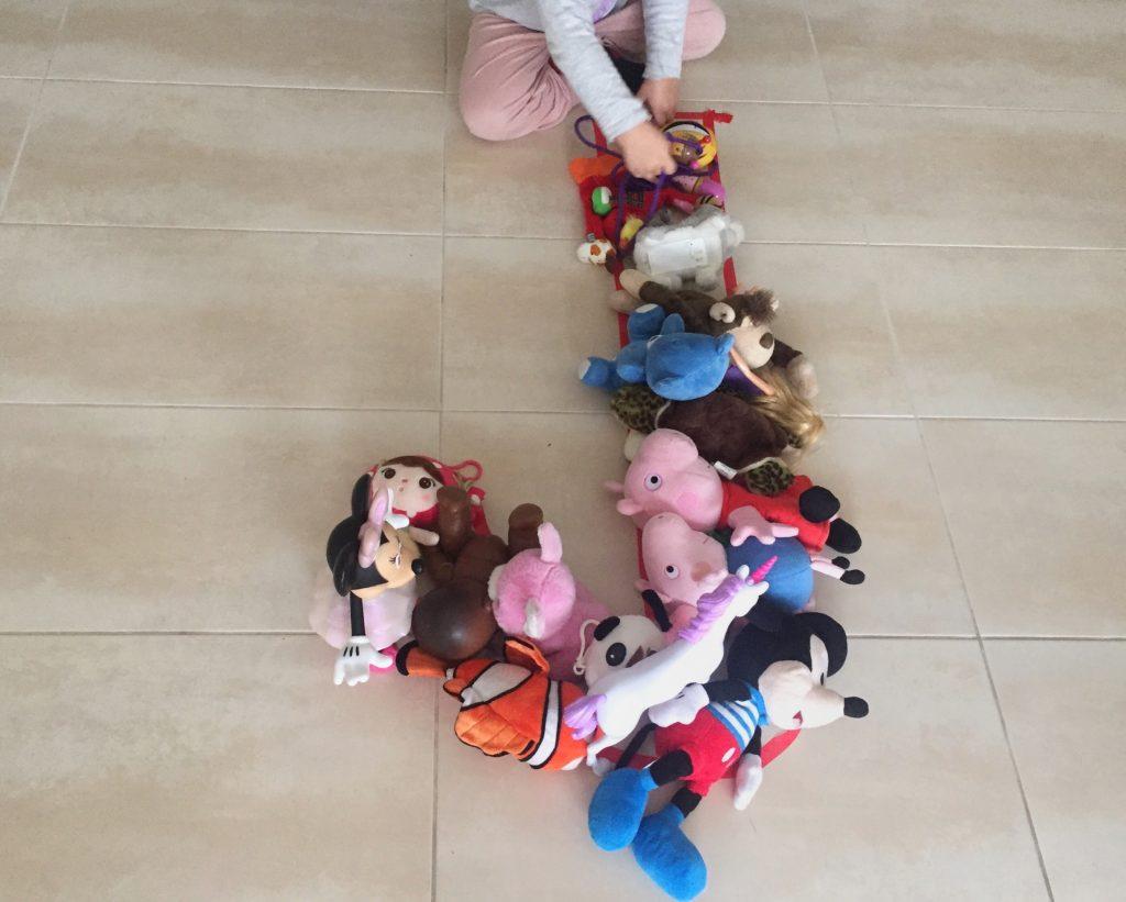 LETRA J de juguetes