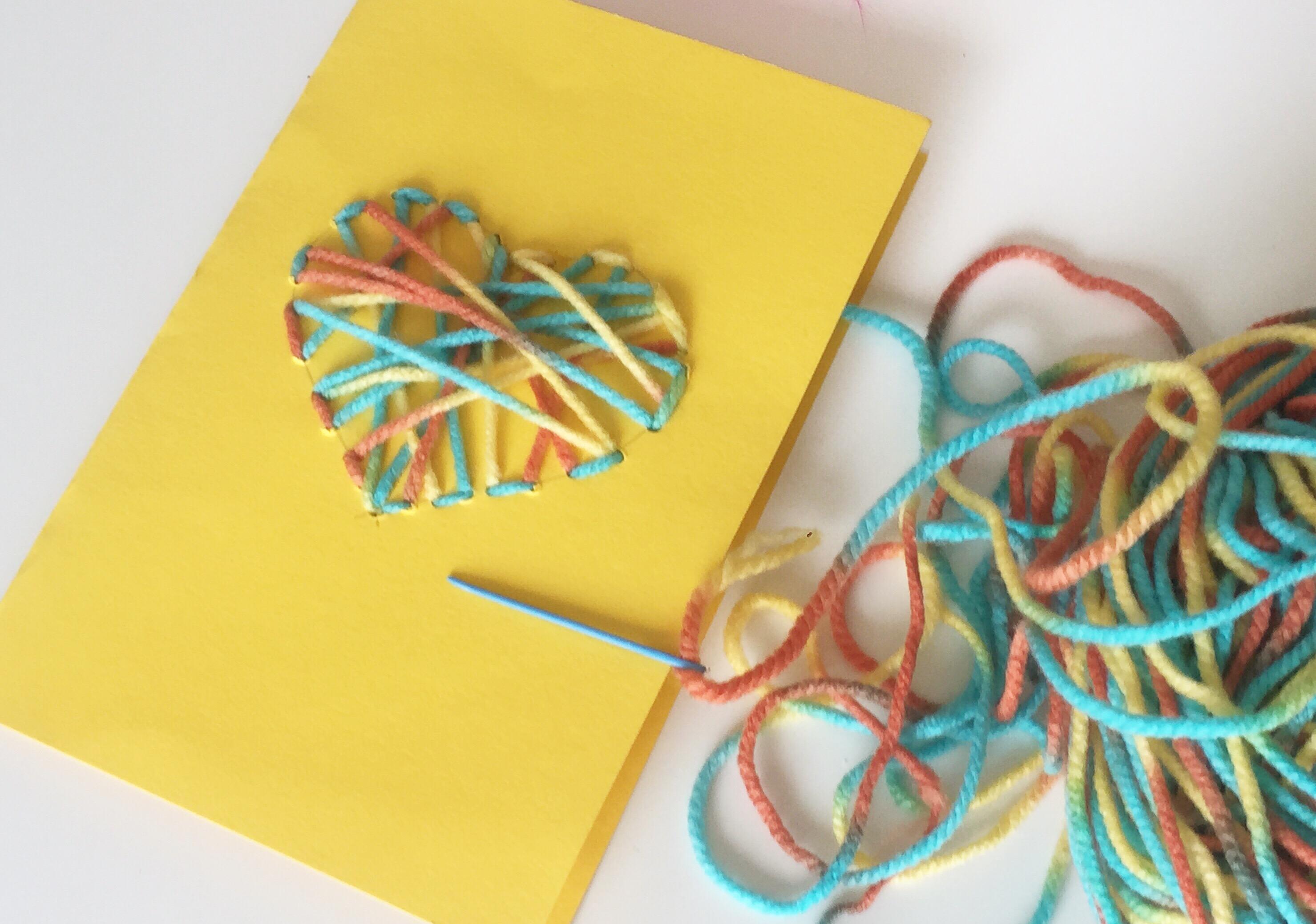 tarjeta regalo DIY corazon cosido