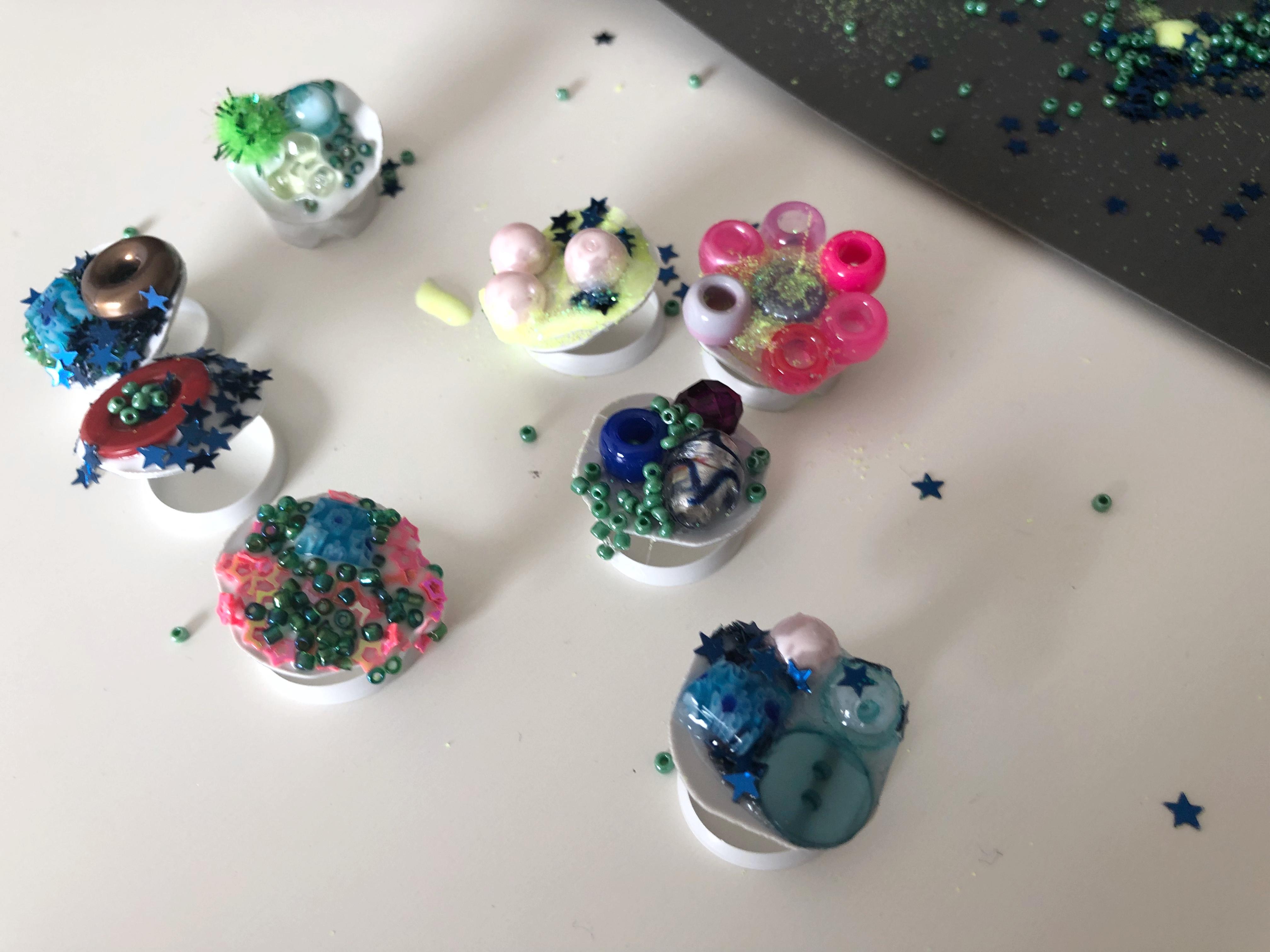 anillos hechos por niños