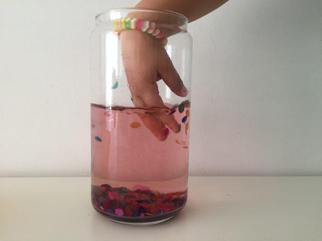 juegos de agua y confeti