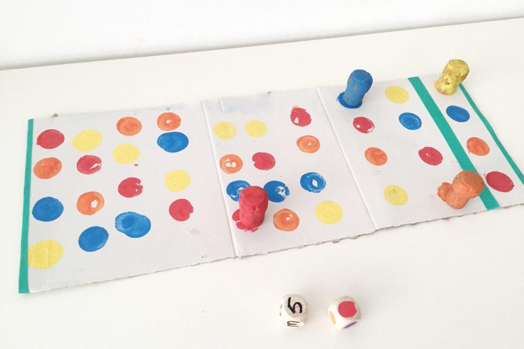 juego de mesa DIY para aprender los colores