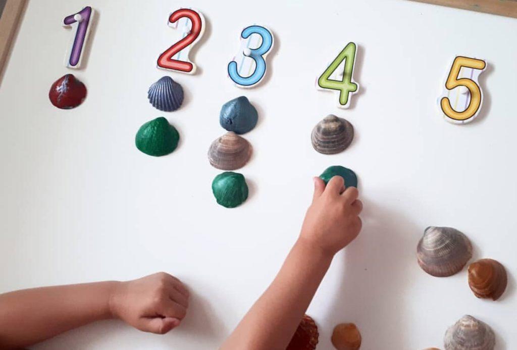 juegos de conteo con elementos naturales