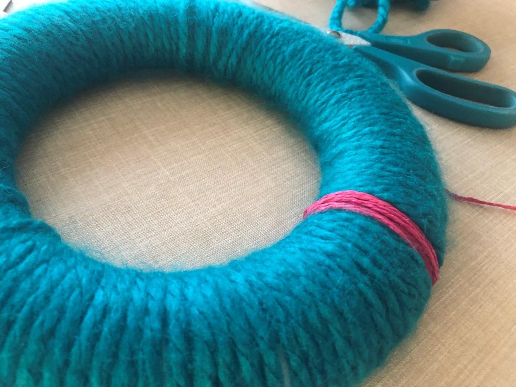 adornos navideños con lana