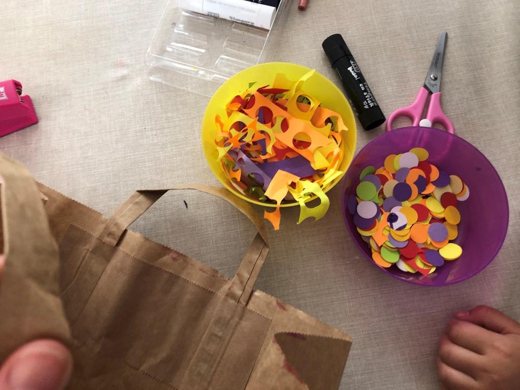 crear confeti en casa