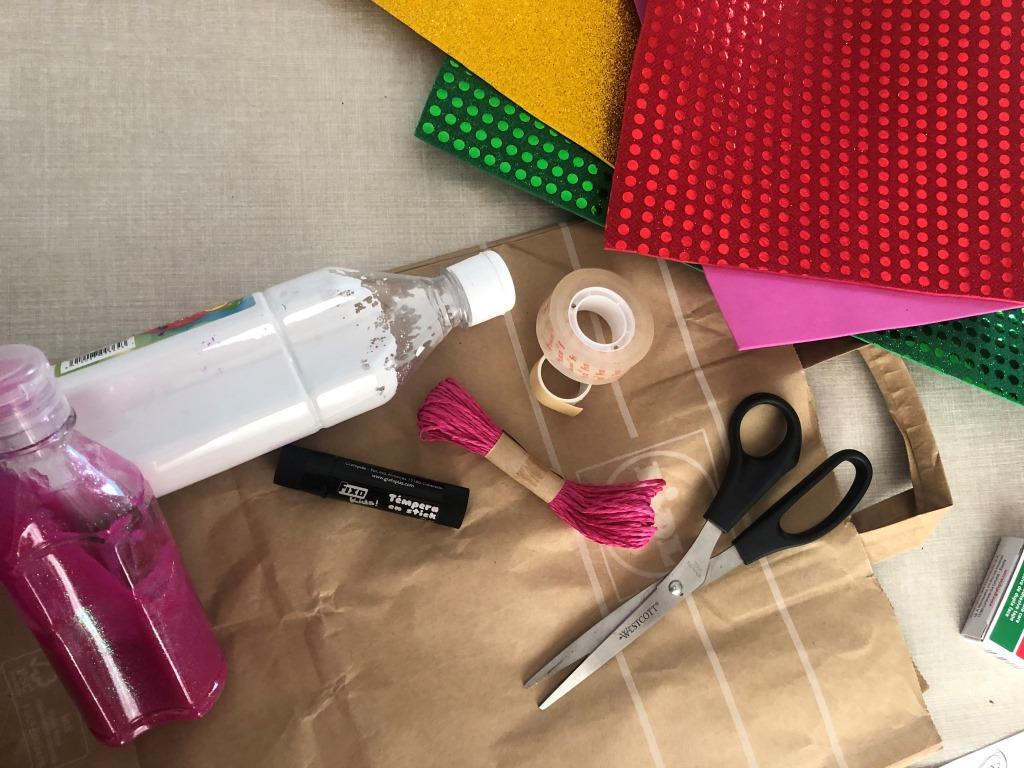 materiales para hacer una piñata unicornio en casa