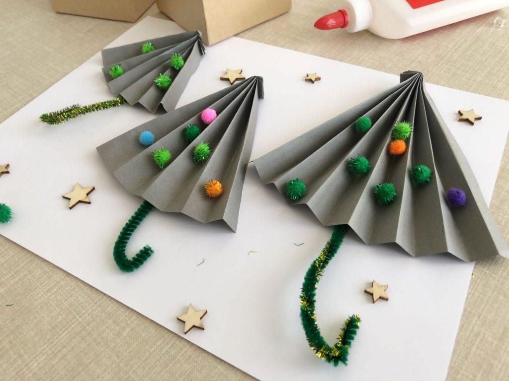 paraguas con papel
