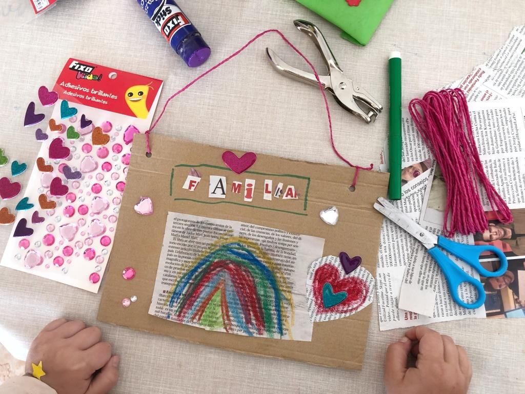 manualidades con materiales reciclados para niños