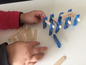 juegos con pinzas de tender