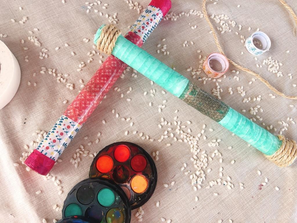 como hacer un palo de lluvia casero con niños sin usar clavos ni palillos