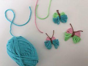 como hacer una mariposa con lana