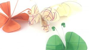 mariposas de papel para hacer con niños